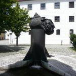 Touristenmagnet: Der Einsteinbrunnen