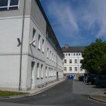 Anbau und Hauptgebäude