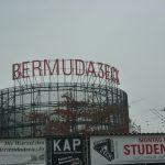 Bermuda3eck um die Ecke