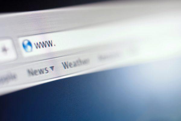 Zulässigkeit Domain Meinungsfreiheit